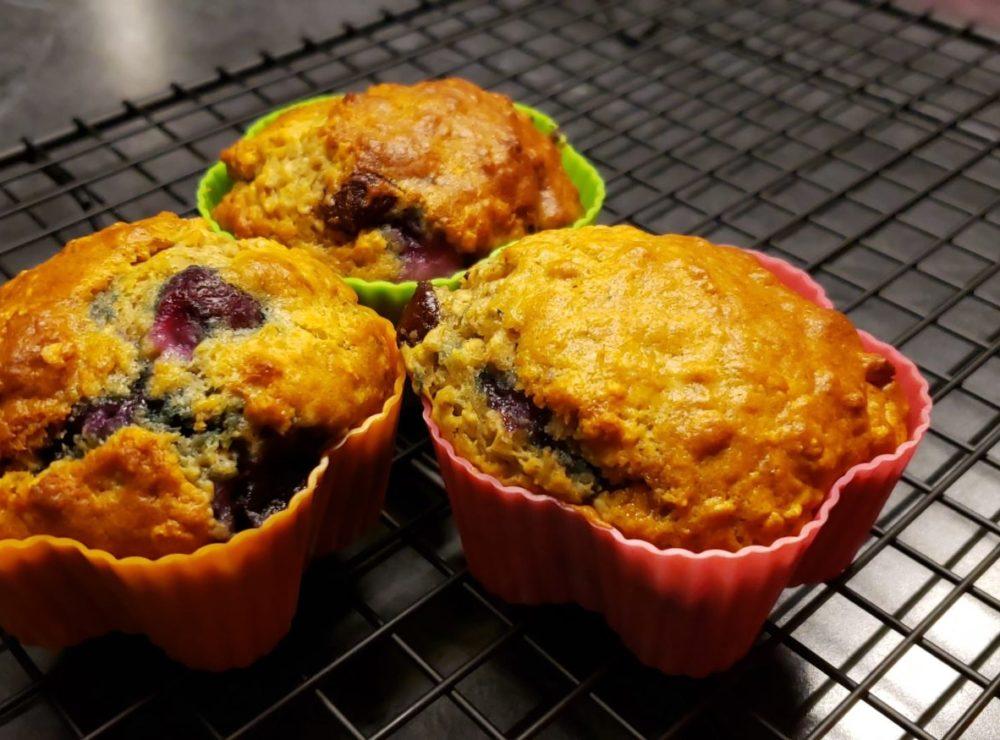 Muffins à l'avoine, bleuets et pépites de chocolat